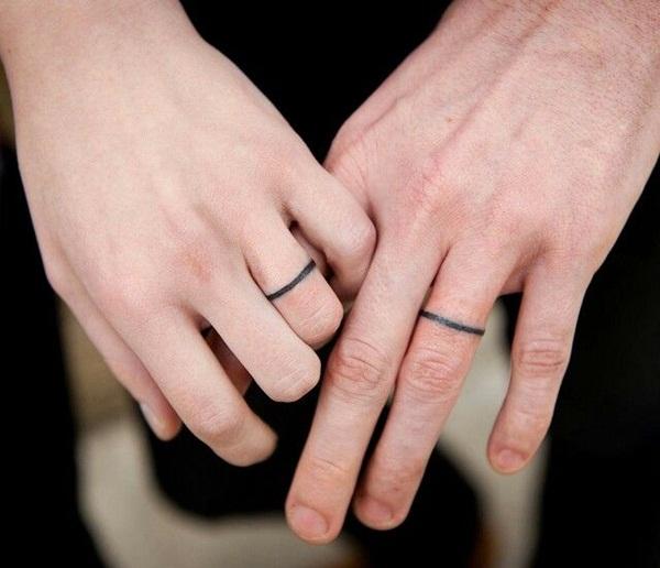 Trend Alert: Ring Finger Tattoos!