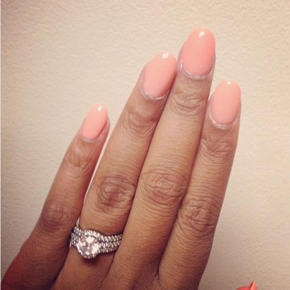 ayesha alexanders round diamond ring - Stephen Curry Wedding Ring