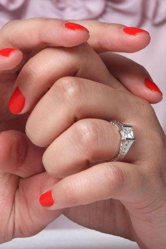 celebrity-engagement-rings-ginnifer-goodwin
