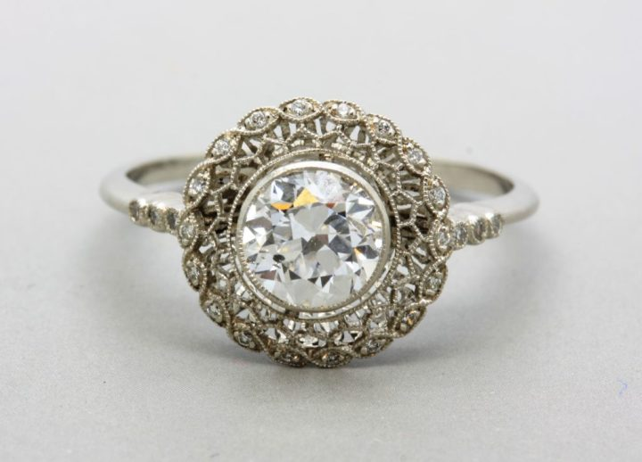 antique-engagement-rings-through-the-ages-weldons-of-dublin-2