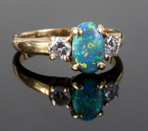 jane-fonda-ring-6c95c51b-c176-48d0-a372-cb57133ccd0d