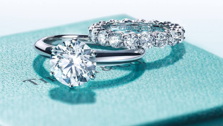 10 Luxury Engagement Ring Brands