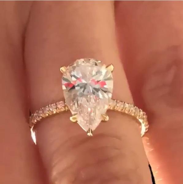Nikki Bonacorsi S Pear Shaped Diamond Ring