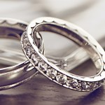 A Quick Guide to Choosing The Perfect Wedding Band (For Her And You!)