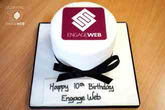Engage-Web-10-Year-Cake02