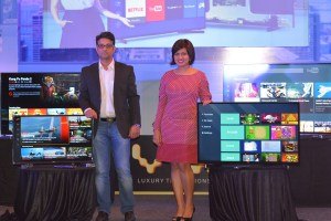 Mr Amit Bansal - Head Large Appliances, Flipkart and Ms. Devita Saraf, CEO and Design Head, Vu Technologies