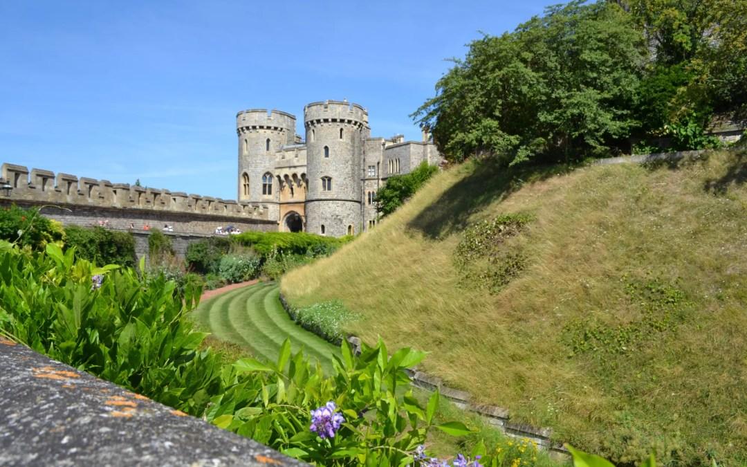 Traumhaft schöner Sommertag in Windsor und Besuch des Windsor Castle.