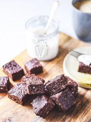raw cake brownie