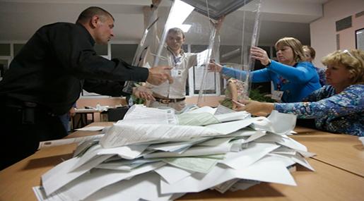 Russian counting ballots