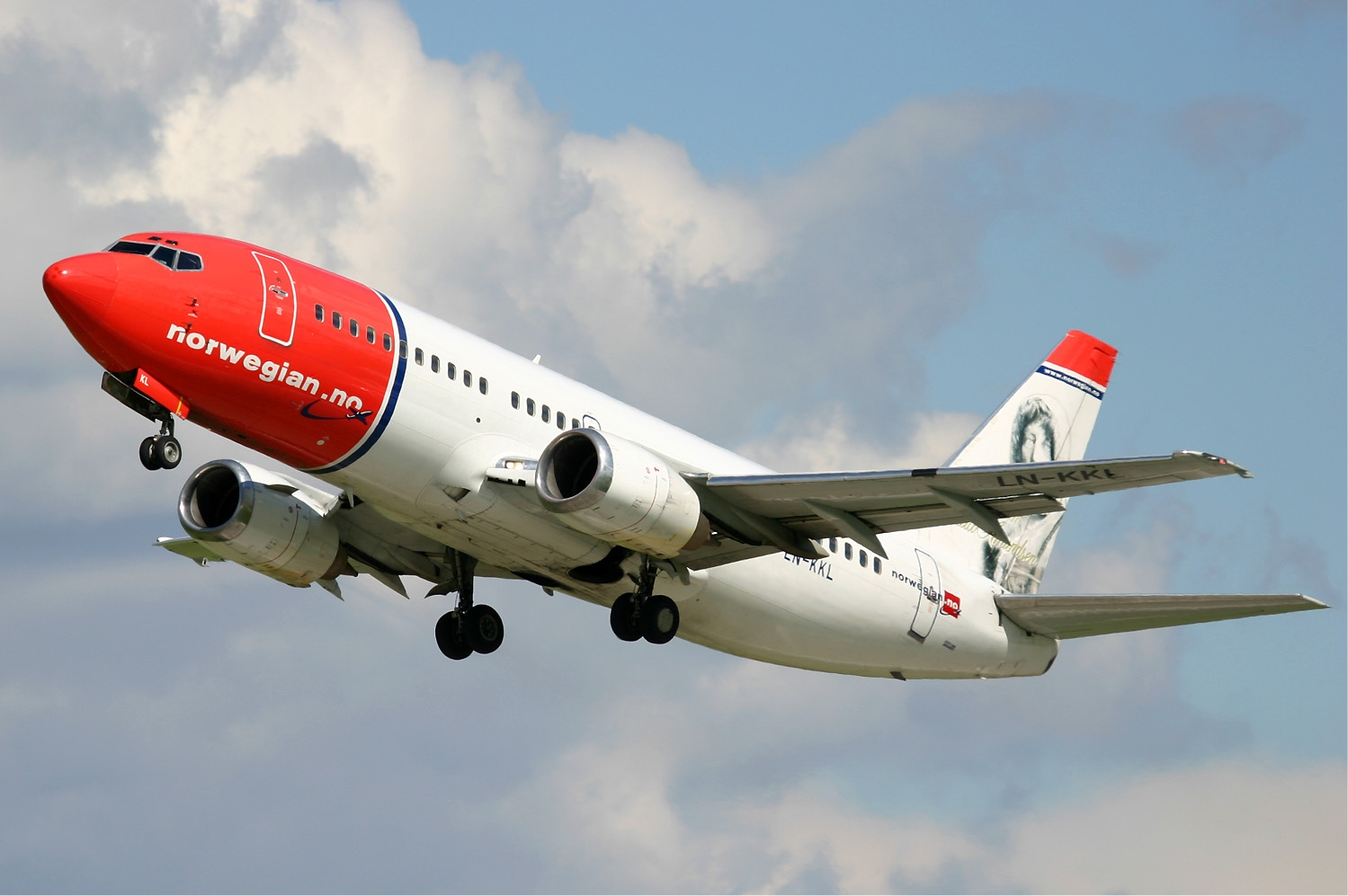 Norwegian Airlines resumes flights to the Canaries