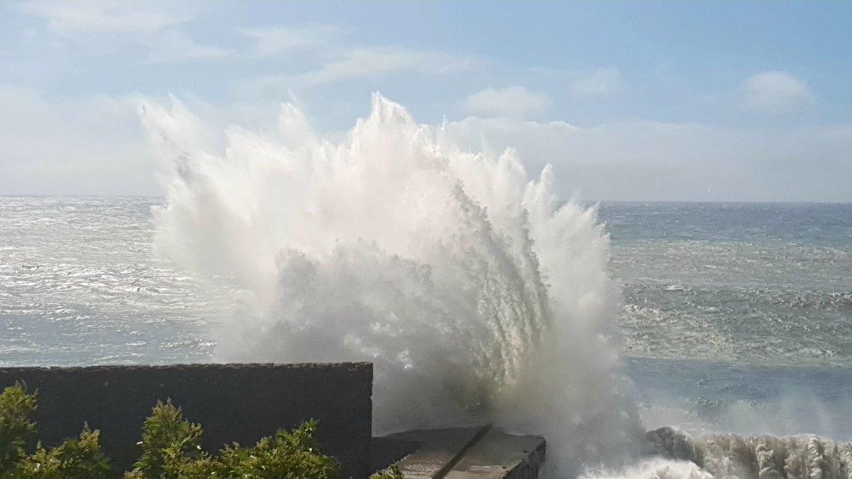Yellow and amber weather warnings issued for Storm Amelie