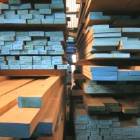 kiln dried square edge oak stock in prime and super prime boards