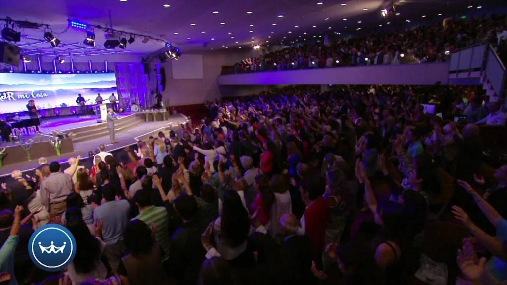 Lee más sobre el artículo Claudio Freidzon – Claves Para Vivir En Comunio Con Dios