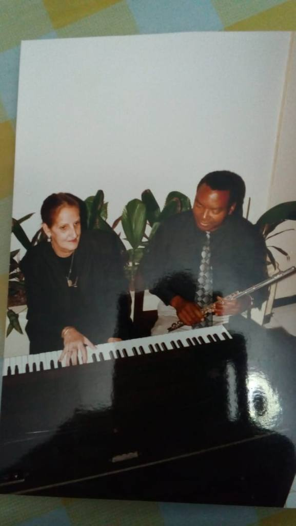 Homenaje al inolvidable músico Alfredo Portela.