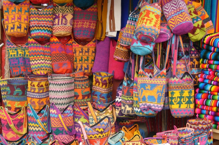colorful-bags-chichicastenango