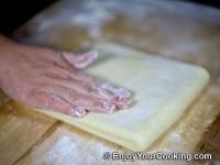 Form dough envelope