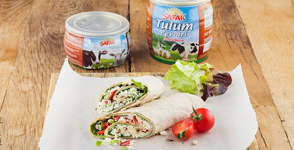 A tasty and quick breakfast with Şafak Bryndza Cheese