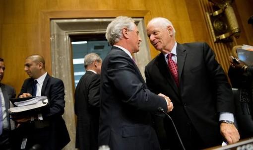 EEUU: aprobado proyecto de ley para recortar fondos a la AP por pago a terroristas