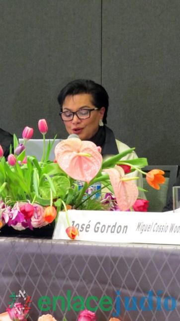 11-DICIEMBRE-2017-STELLA KHABIE RAYEK PRESENTO SU BIOGRAFIA NACI EN EL MEDITERRANEO-3