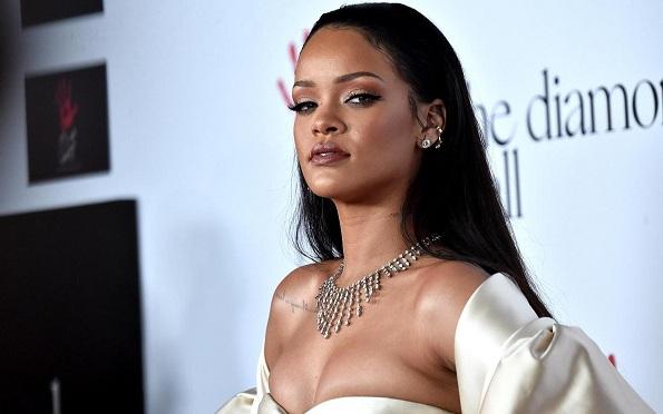 """Islámicos: """"Rihanna quiere hacer de Senegal un centro de la perversión universal"""""""