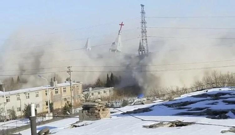 China destruye enorme iglesia cristiana evangélica