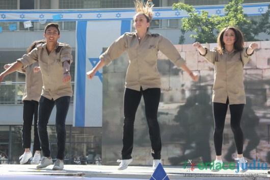 19-ABRIL-2018-LOS FESTEJOS DE YOM HAATZMAUT EN EL COLEGIO ATID-203