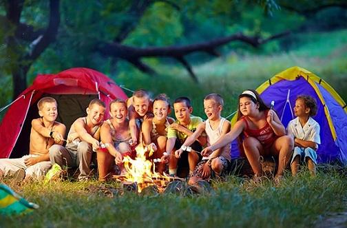 Dime a qué Camp de verano mandas a tus hijos y te diré quién eres