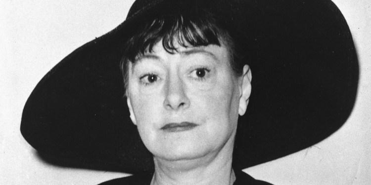 Dorothy Parker, la mujer que parió una estrella y pidió perdón por el polvo