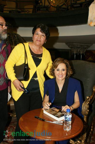 08-OCTUBRE-2018-SILVIA CHEREM PRESENTO SU LIBRO ESPERANZA IRIS TRAICION A CIELO ABIERTO-3