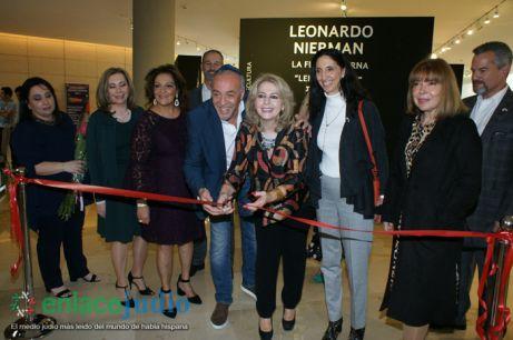 11-DICIEMRE-2018-GRAN EVENTO DE JANUCA E INAGURACION DE ESCULTURA LA FLAMA ETERNA DE LEONARDO NIERMAN EN EL CENTRO MAGUEN DAVID-17