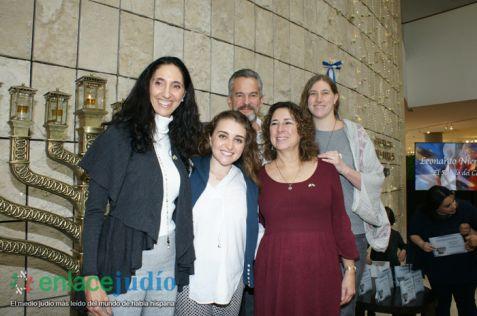 11-DICIEMRE-2018-GRAN EVENTO DE JANUCA E INAGURACION DE ESCULTURA LA FLAMA ETERNA DE LEONARDO NIERMAN EN EL CENTRO MAGUEN DAVID-54