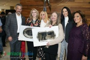 11-DICIEMRE-2018-GRAN EVENTO DE JANUCA E INAGURACION DE ESCULTURA LA FLAMA ETERNA DE LEONARDO NIERMAN EN EL CENTRO MAGUEN DAVID-73