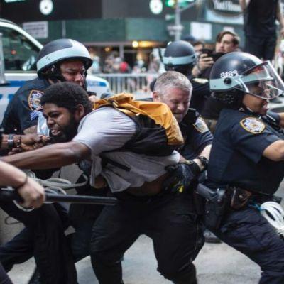 """Irán llama a EE. UU. a """"detener la violencia"""" contra su propio pueblo en las protestas"""