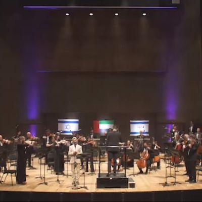 Orquesta Sinfónica de Jerusalén toca el himno nacional de Emiratos
