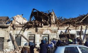 Edificio destruido en la ciudad de Petrinja luego de un sismo el 29 de diciembre de 2020