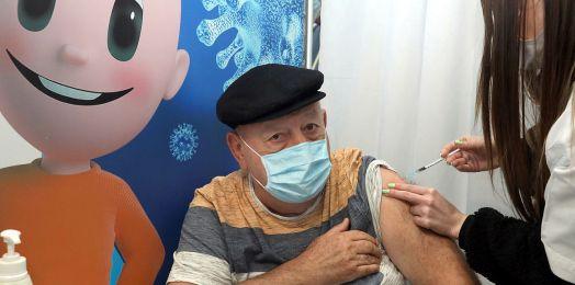 Ministerio de Salud de Israel: de 715,525 vacunados con segunda dosis, solo 317, el 0.04%, contrajeron COVID-19