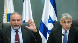 Avigdor Lieberman y Yair Lapid