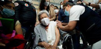 Dio inicio la campaña de vacunación para adultos mayores contra COVID-19 en el municipio de Naucalpan en el Estado de México.