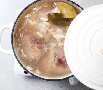 Receta del día: Sopa cubana de frijoles blancos