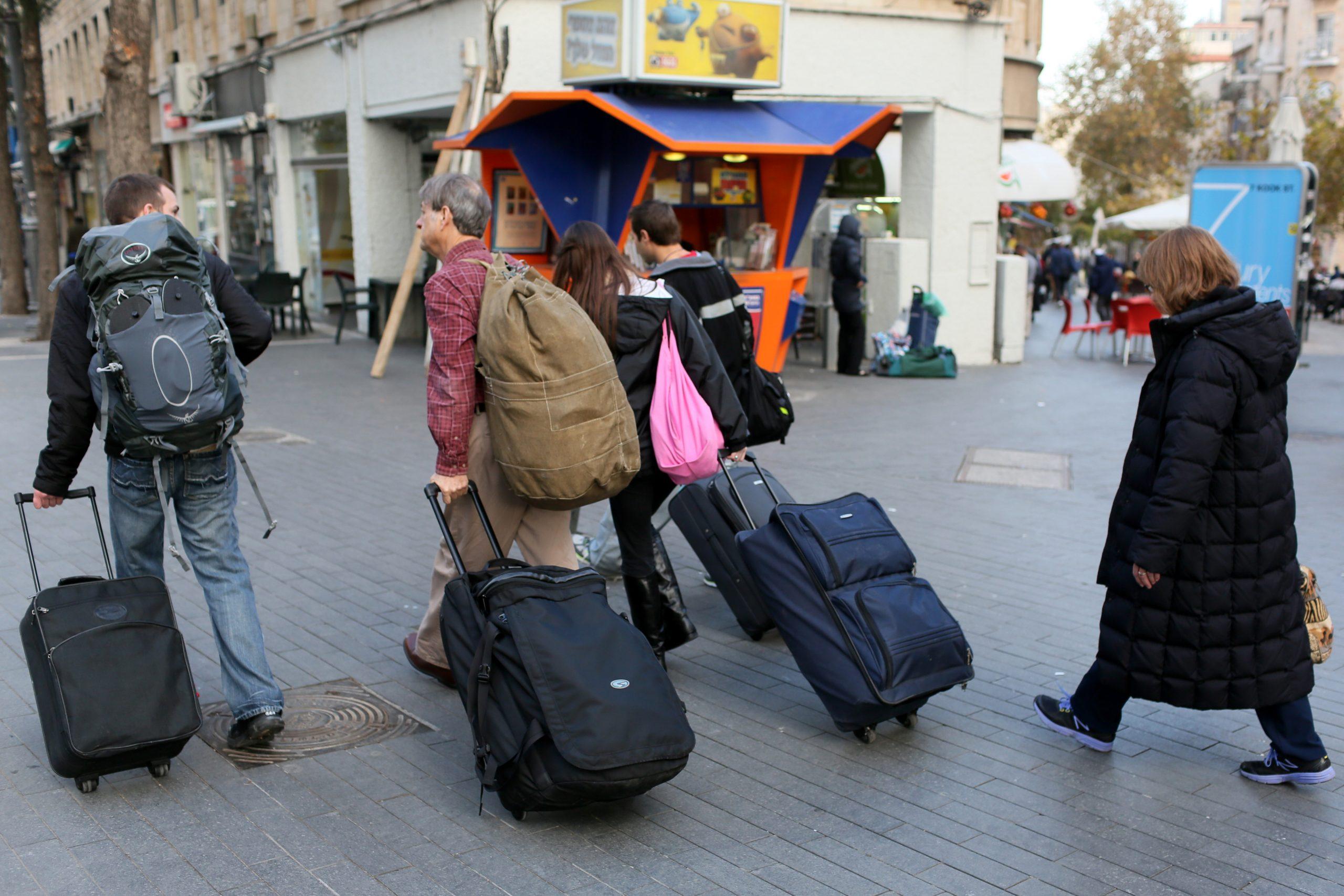 Un número limitado de turistas vacunados podrán ingresar a Israel en grupos organizados a partir del 23 de mayo, informaron autoridades