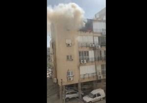 Se produjo un incendio en un apartamento en el cuarto piso de un edificio en Rishon Lezion de donde fue rescatado un niño de 12 años