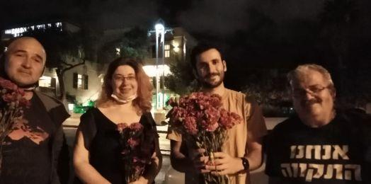 Esti Peled/Llevamos flores a los árabes de Haifa y ellos nos ofrecieron café, mientras los incitadores gritaban en las calles
