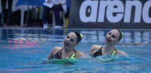 Presentadora española de televisión catalana estatal criticó duramente a Israel durante una competencia de natación transmitida en vivo