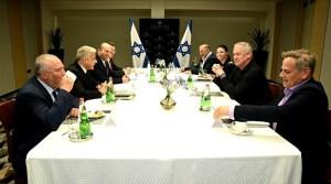 Líderes de los partidos de la coalición Lapid-Bennett