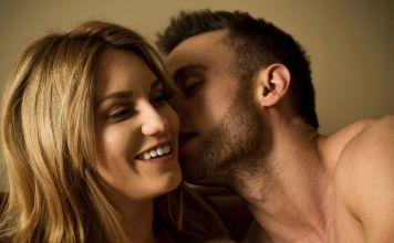 Uno de los principales órganos sexuales es… la lengua. Y su complemento es, …el oído. Un tipo muy sabroso de sexo es el oral, esto es, el platicadito