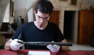 David Catalunya, historiador y especialista en la Edad Media se traslado a Jerusalén para restaurar un órgano probablemente el más antiguo del mundo
