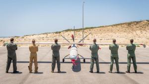 La Fuerza Aérea de Israel lanzó un ejercicio de drones internacional único en su tipo, que acogió a pilotos de otros cinco países