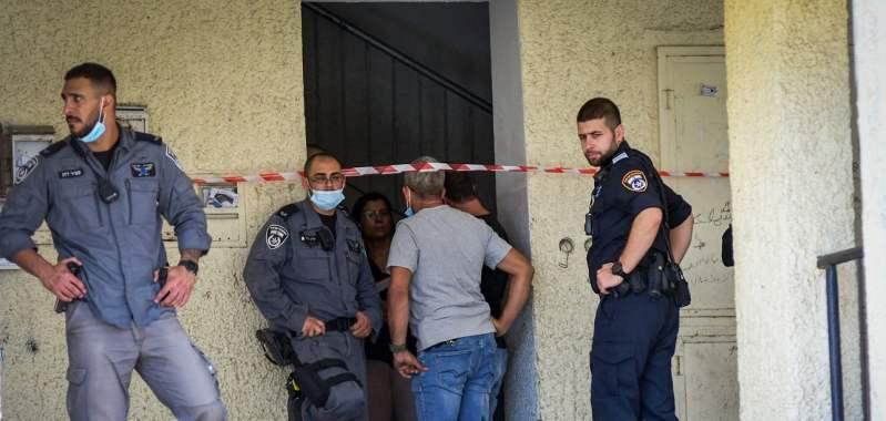 Policías en el departamento de una mujer árabe israelí asesinada