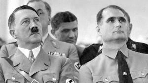 Rudolf Hess sería la mano derecha de Hitler, tanto que en 1921 arriesgó su vida para salvarlo de un atentado perpetrado por un grupo marxista