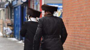 La policía de Londres busca a un hombre que agredió a un hombre judío y a un niño en la calle en incidentes separados la semana pasada
